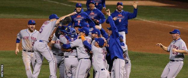 New York Mets celebrate