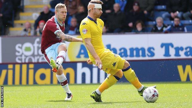 Scott Arfield goal for Burnley