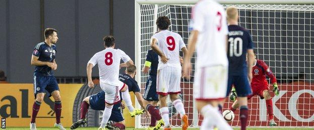 Valeri Qazaishvili scores for Georgia against Scotland