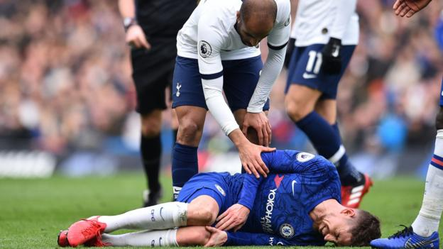 Premier League: Players face '25% increased injury risk'