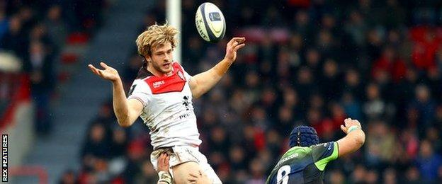 Richie Gray takes a line-out for Toulouse