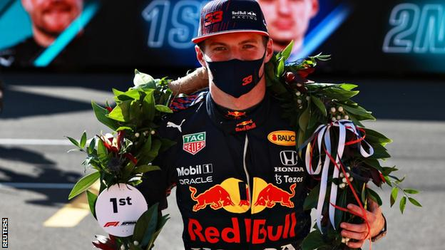 Max Verstappen wins the F1 sprint qualifying race