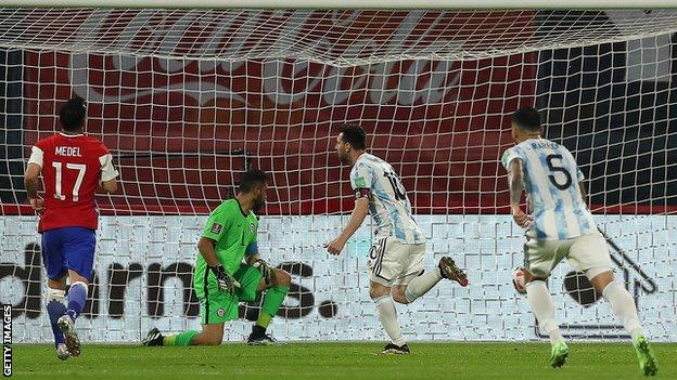 Lionel Messi scoring a penalty against Chile