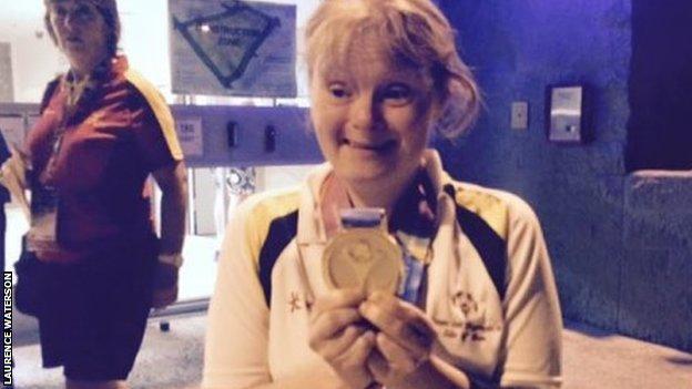 Nicola Wooldridge with gold medal