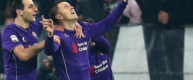 Josip Ilicic celebrates a goal for Fiorentina against Juventus