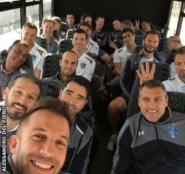 Alessandro del Piero's picture of the Global Legends squad
