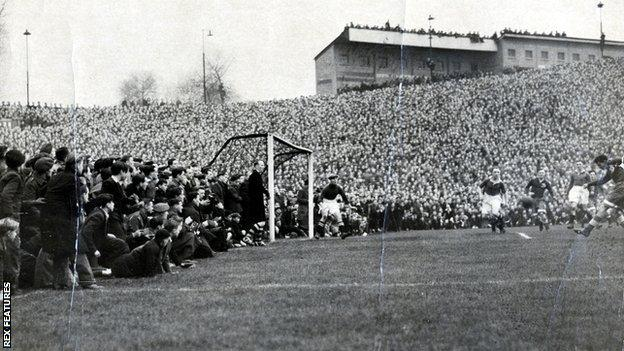 Scene from Chelsea's 3-3 draw with Dynamo Moscow