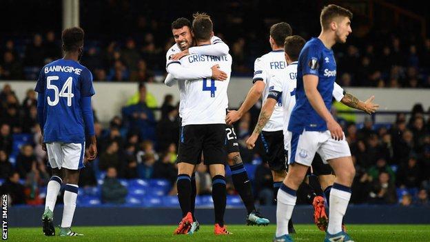Atalanta celebrate a goal against Everton.