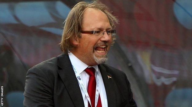 Togo head coach Tom Saintfiet