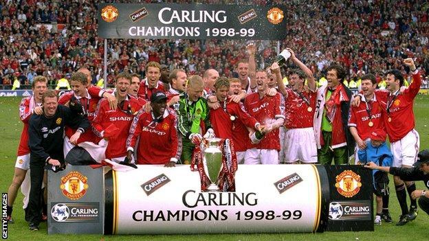 Man Utd celebrate 1999 Premier League title