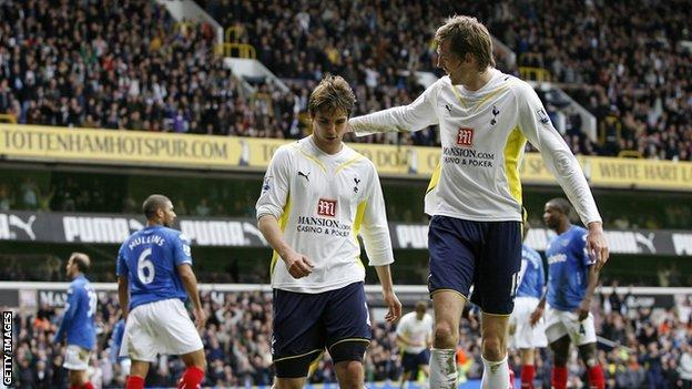 Niko Kranjcar and Peter Crouch moved to Spurs in 2009