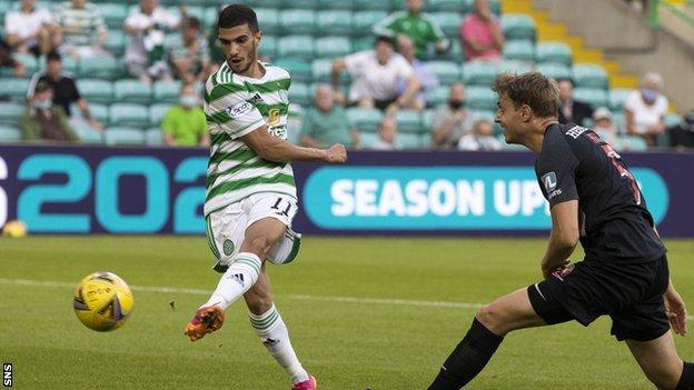Celtic 1-1 Midtjylland: No winning start for Postecoglou in Champions League thumbnail