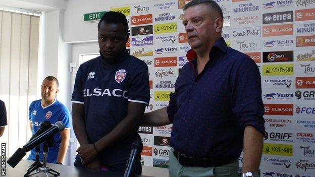 Hervin Ongenda at his first Botosani press conference