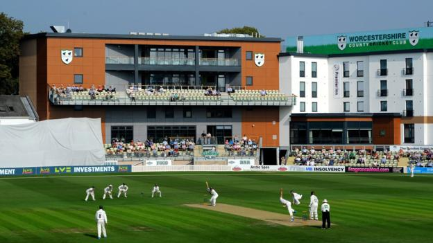 Coronavirus: Streamlined Worcestershire may cope with cricket lockdown, says chairman