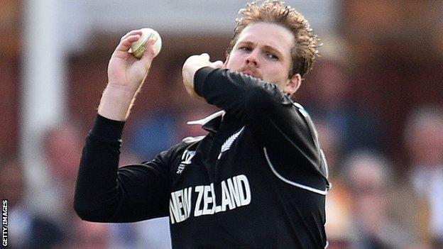 Lockie Ferguson in action for New Zealand