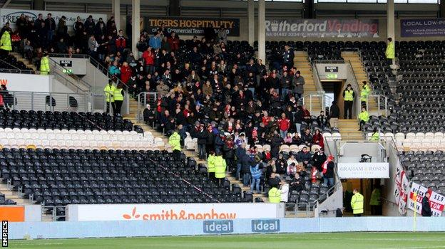 Charlton fans at Hull