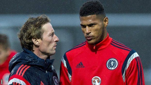 Scotland Under-17 coach Scot Gemmill with Zak Jules