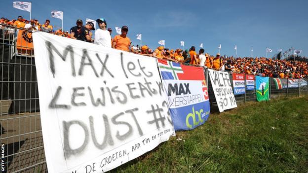 Dutch fans