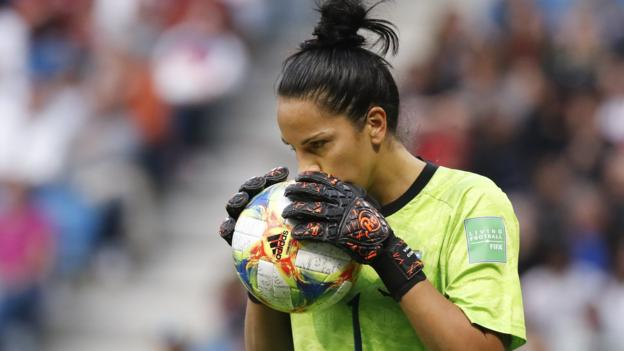 Women's World Cup: Five things we have learned from group stages thumbnail