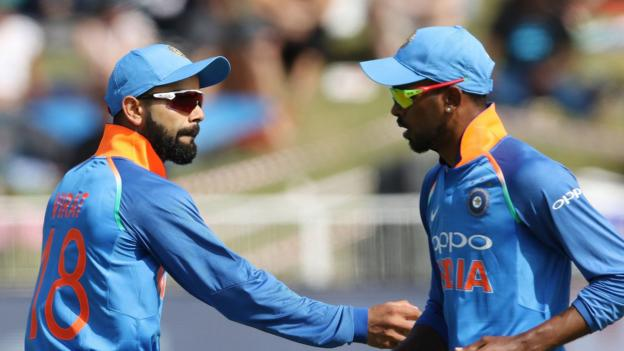Virat Kohli: We don't support 'inappropriate' team-mate comments thumbnail