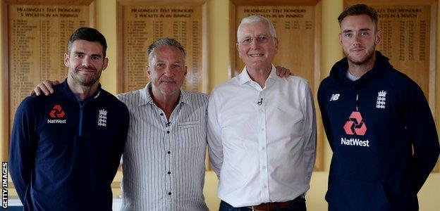 Bob Willis with James Anderson, Sir Ian Botham and Stuart Broad
