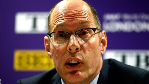 UK Athletics chief executive Niels de Vos stepping down - BBC Sport