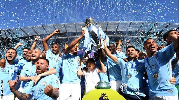Manchester City celebrate winning the 2017-18 Premier League title