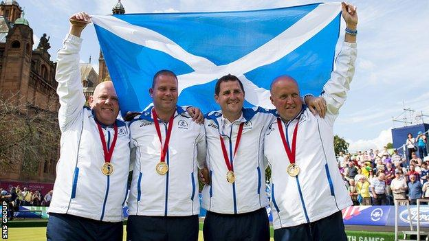 David Peacock (right) was part of Scotland's winning fours team at Glasgow 2014