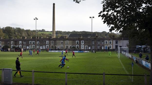 FA reinforces message that fans not allowed at non-league games - bbc