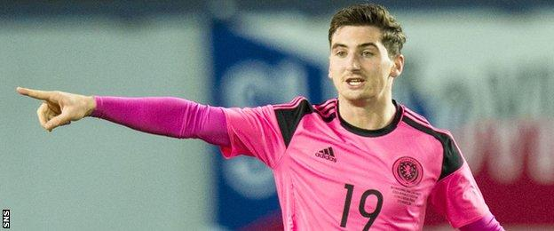 Kenny McLean playing for Scotland against the Czech Republic