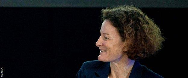 Sonia O'Sullivan won the world 5000m title in 1995 and clinched Olympic silver five years later