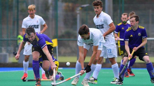 Lisnagarvey have won their opening two games in the Irish Hockey League