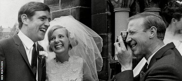 Norman Hunter married Susan Harper in 1968