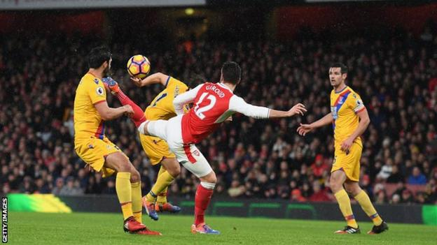 Olivier Giroud scores for Arsenal against Crystal Palace