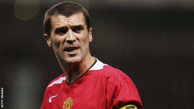 Roy Keane playing for Manchester United