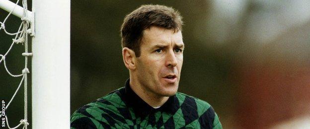Pat Bonner playing for Celtic