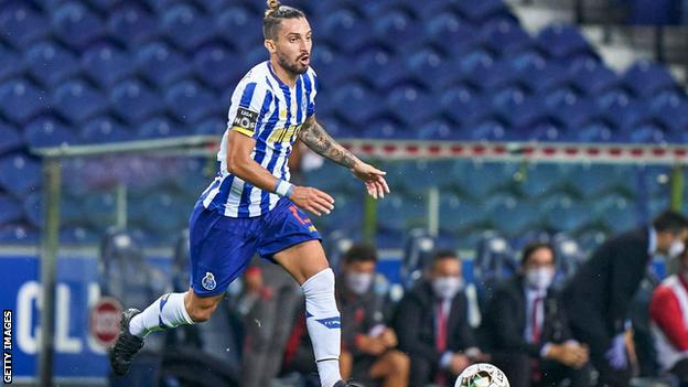 Alex Telles Manchester United Make Breakthrough In Talks Over Porto Full Back Bbc Sport
