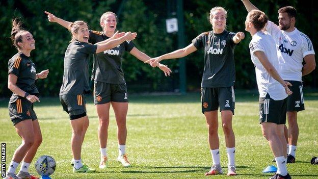 Manchester United players in training with Casey Stoney