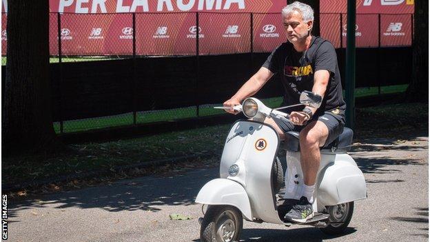 Jose Mourinho defends Premier League record thumbnail