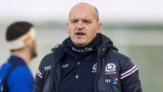 Gregor Townsend oversees Scotland training