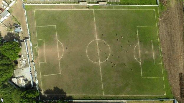 Liniers' pitch