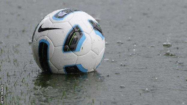 A waterlogged pitched has resulted in the postponement of the Carrick-Linfield semi-final