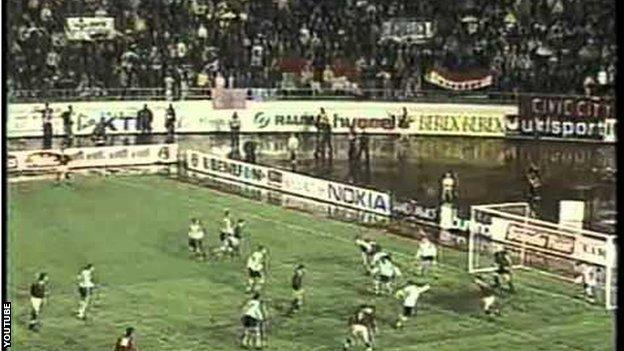 Finland versus Hungary in 1998 World Cup qualifier