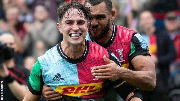 Cadan Murley (left) and Joe Marchant were both among Harlequins' five try scorers as they finally overcame Worcester at The Stoop
