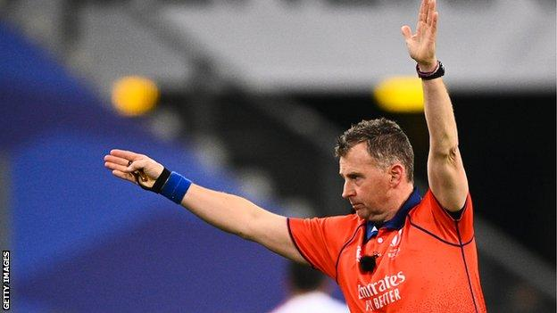 Nigel Owens surpassed Jonathan Kaplan as international rugby's most-capped referee when he took charge of his 71st Test, between Fiji and Tonga, in 2016.