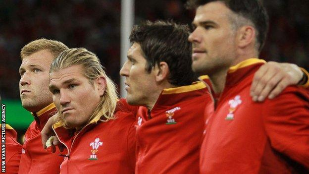 Richard Hibbard (second left), James Hook (second right) and Mike Phillips (right)