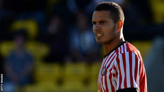 Jack Rodwell playing for Sunderland