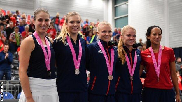 Great Britain team with medals