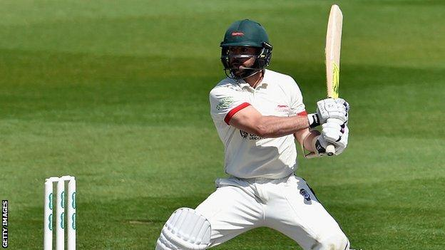 Leicestershire's Mark Pettini made his second century of the summer - and the 14th of his first-class career