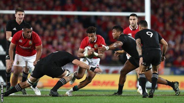 Anthony Watson playing for the Lions against New Zealand